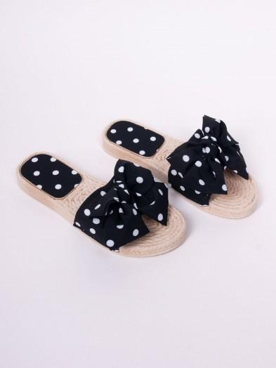 Klapki damskie gumowe z materiałową kokardką w kropeczki czarne
