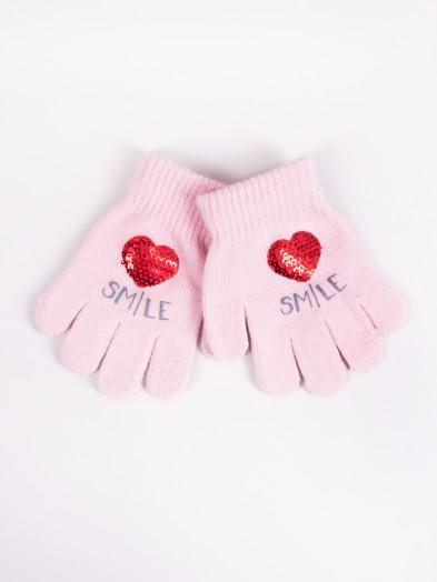 Rękawiczki dziecięce pięciopalczaste z cekinowym sercem różowe
