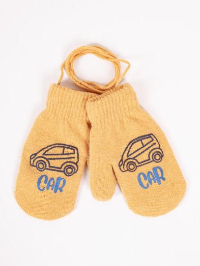 Rękawiczki dziecięce jednopalczaste ze sznurkiem musztardowe z autem